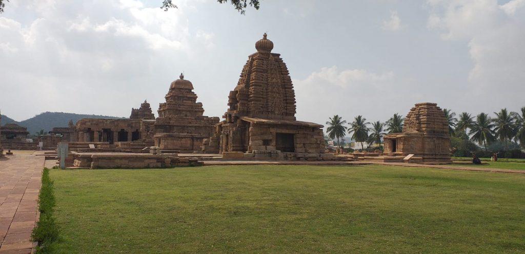 Pattadakal -  Hindu-Tempel der Chalukya-Dynastie